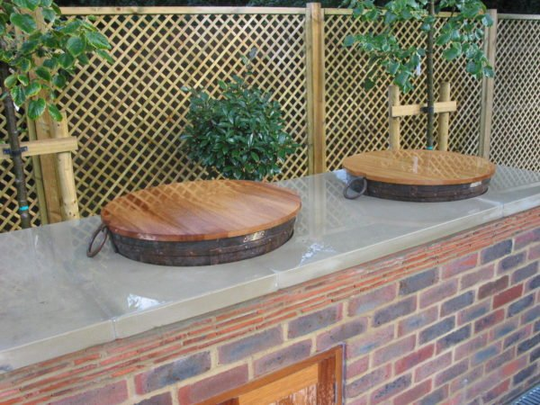 Kadai set in worktop