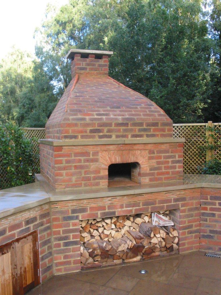 Impressive bespoke brick oven HP8 1