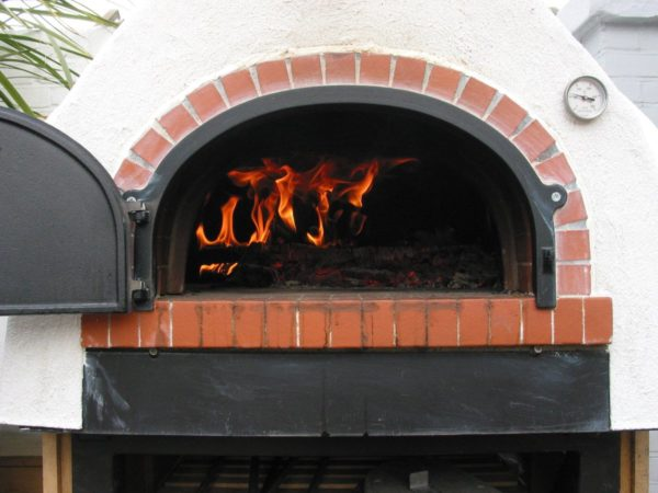 First firing, Half Moon Pub Putney, pizza oven