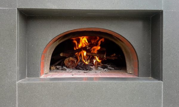 wood-fired oven, pizza oven, outdoor kitchen,commercial oven