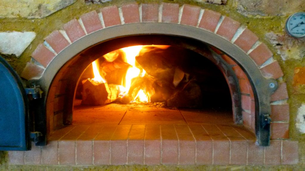 First firing F950 brick oven