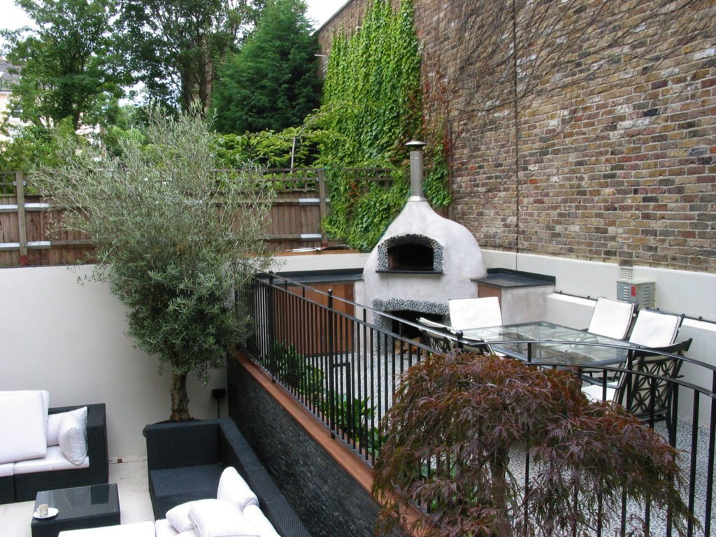 Valoriani pizza oven, wood-fired oven, garden oven, outdoor pizza oven, DEFRA approved, Belsize park