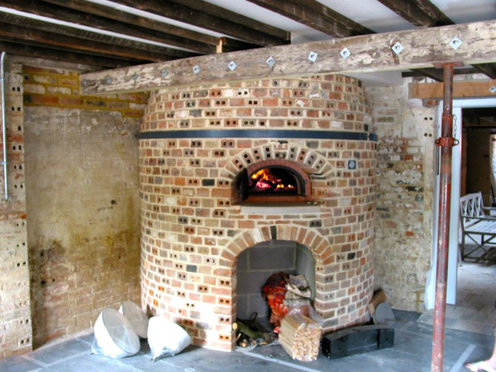 wood-fired community kitchen, Pugmill Bake House, bakery oven, four grand-mere, brick oven, wood-fired community kitchen