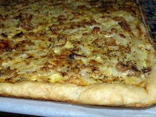 coca de cebolla, catalan flatbread