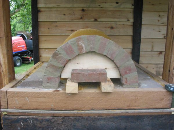 Cob Oven-Lynsted, Kent 4