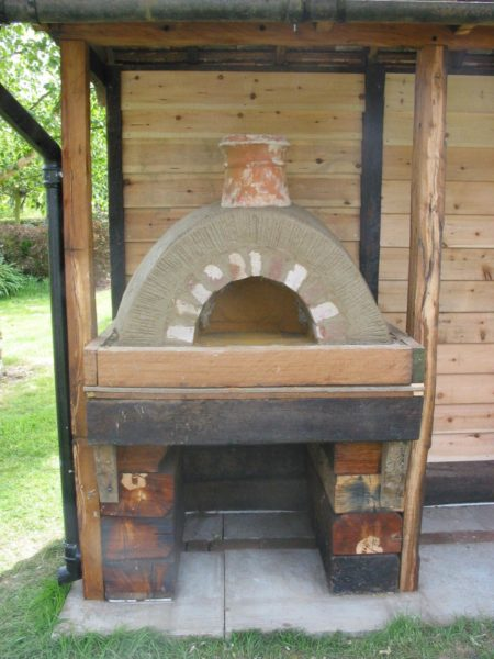 Cob Oven-Lynsted, Kent 13