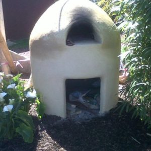 cob oven,lime render,