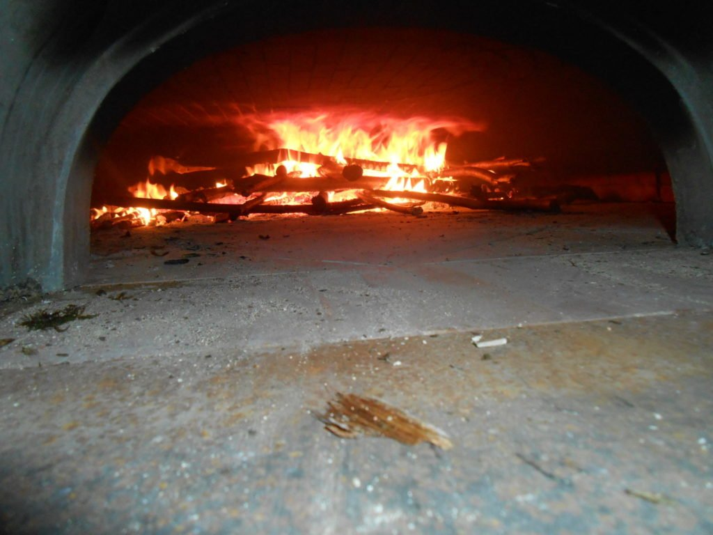 History of wood-fired ovens, bakery ovens, wood-fired oven, black oven