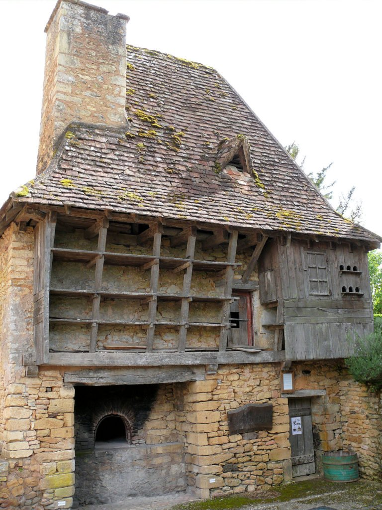 History of wood-fired ovens, banal common wood-fired ovens