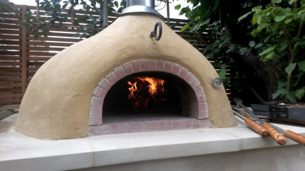 pizza oven, wood-fired oven, lime render, Bath stone, choosing buying pizza oven