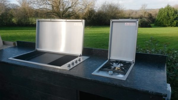 outdoor kitchen, Beefeater, BBQ, sideburner
