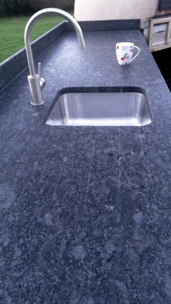 Outdoor kitchen, brimpton, granite, worktop,