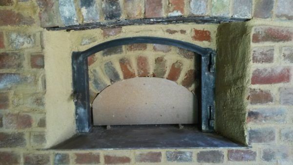 weald and downland open air museum, bakery oven