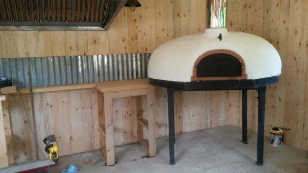 outdoor kitchens, heligan gardens, pizza oven,wood-fired oven, four grand-mere, FT1350, brick oven