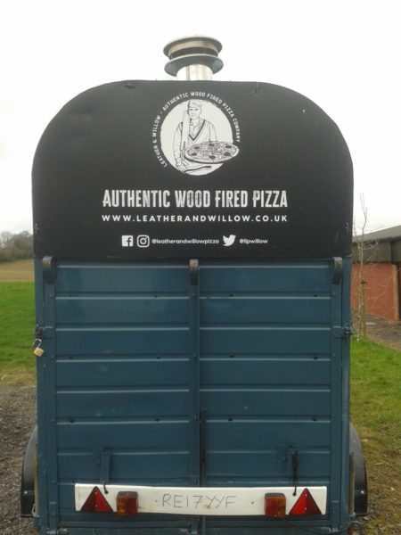 Horse box pizza oven, Leather and Willow, Four Grand Mere, F1030CC+, Le Grand Flamme
