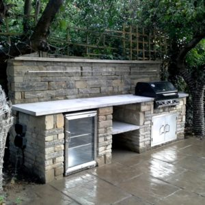 rustic kitchen,Wimbledon, BBQ, outdoor fridge, coursed York stone