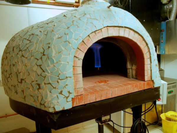 florentinos tenby, gas pizza oven