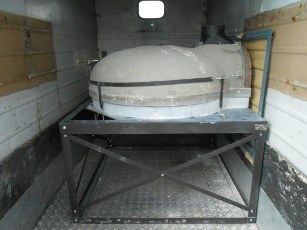 F1030, le grand flamme, mobile catering, pizza on the go, wood-fired oven, pizza oven, wood burning oven,