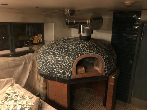 florentinos carmarthen, italian restaurant, pizza oven, wood-fired oven, wood burning oven, wood-fired pizza,