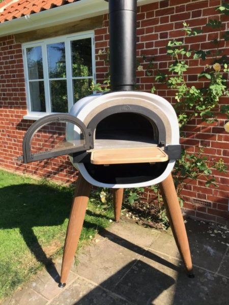 ALFRED, wood-fired oven, pizza oven, complete solution, outdoor cooking, garden pizza oven, Hone, Suffolk