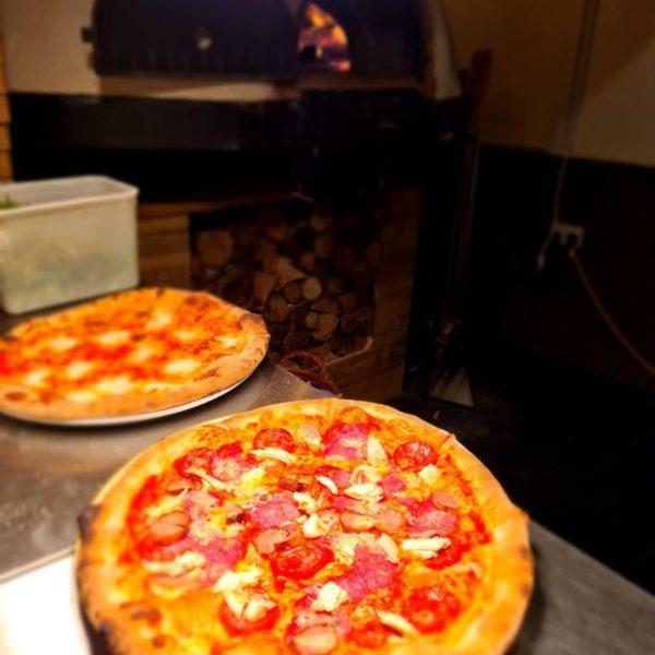 rising sun pub coltishall, T1500, brick oven, pizza oven, wood burning oven,