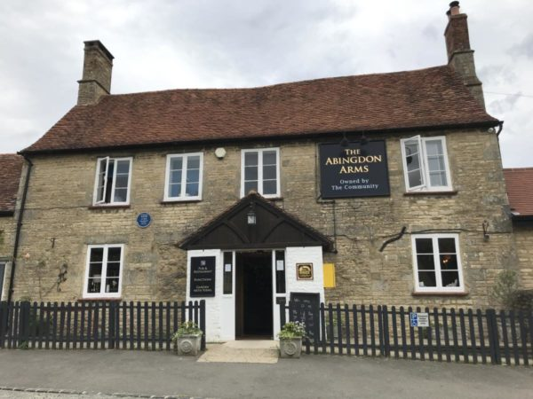 The Abingdon arms Beckley, wood-fired pizza, four grand-mere, FT1500B-H+, artisan pizza, evelyn waugh, lewis carroll,